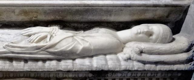 Il presunto sarcofago di Laura Lanza, la Baronessa di Carini