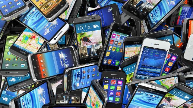 Nella scelta del device, gli studenti non si fanno necessariamente guidare dalla marca del telefono, preferendo marchi o modelli meno noti, purché ben recensiti.