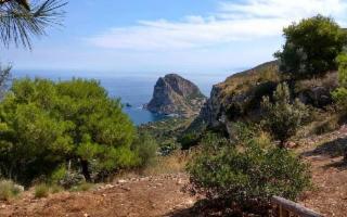 Escursione alla Grotta dell'Eremita
