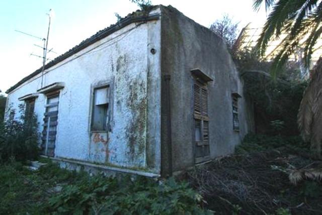 L'abbandonata Abbazia di Thélema