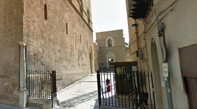 Chiesa di Sant'Antonio Abate, Palazzo Steri