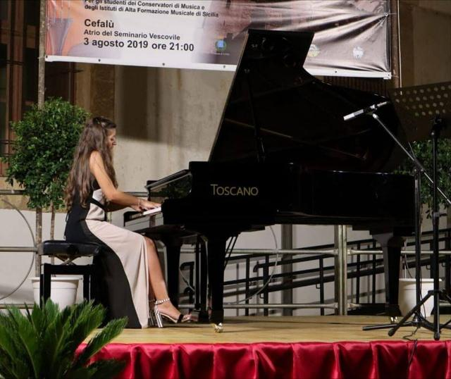 quando-il-pianoforte-e-donna-elisa-comito