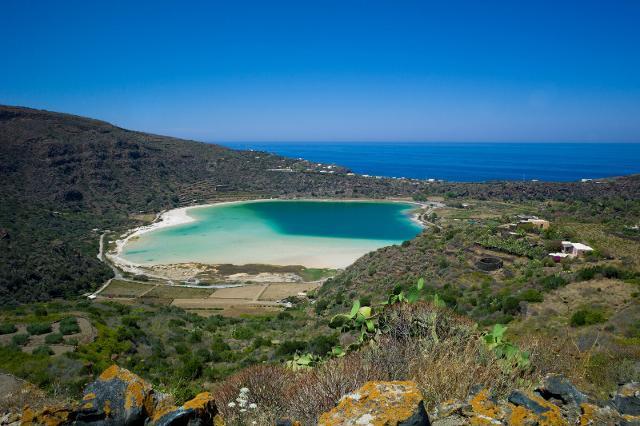 trekking-a-pantelleria-l-isola-figlia-del-vento