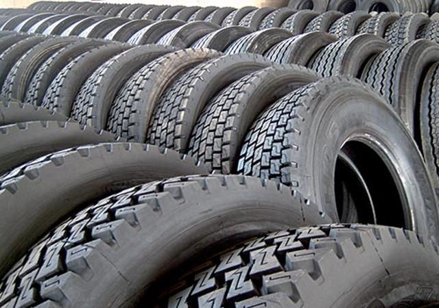 Una soluzione eccellente per migliorare l'impatto ambientale di tutti gli autoveicoli è l'impiego di pneumatici ricostruiti.
