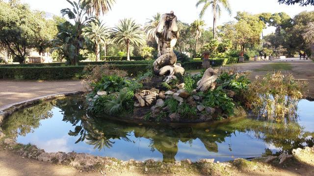 La fontana nel parco di Villa Trabia, Palermo