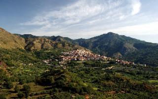 Nel piccolo borgo di Malvagna...
