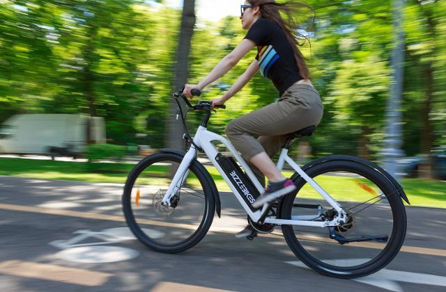 Le e-bike quando arriveranno al termine della loro vita, diventeranno dei RAEE, ovvero dei rifiuti da apparecchiature elettriche ed elettroniche.