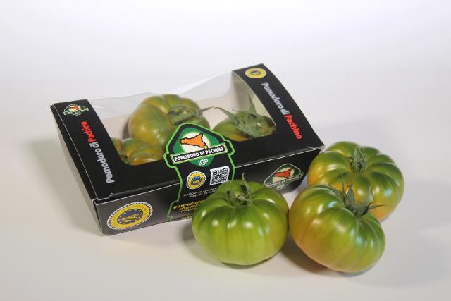 Il nuovo packaging, totalmente biodegradabile, adottato dal Consorzio del pomodoro di Pachino IGP