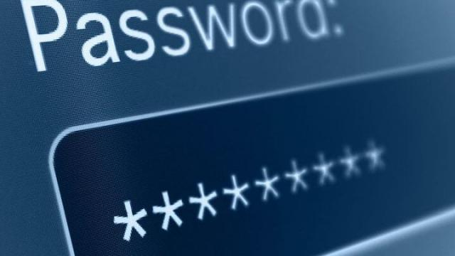 Preparare gli account e stabilire una password online sicura