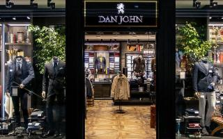 Dan John apre a Catania e Messina e cerca personale da assumere