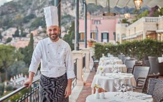 A Taormina lo Chef Roberto Toro riceve la prima Stella Michelin