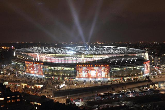 I ragazzi amanti dello sport adoreranno una visita all'Emirates Stadium di Londra...