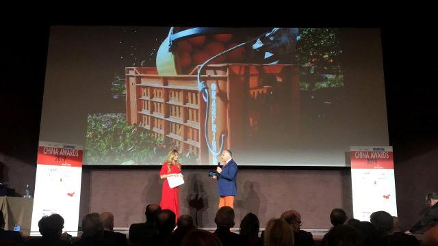 La consegna del China Award 2019 a Nello Alba, amministratore unico di Oranfrizer
