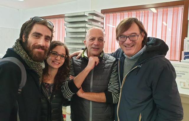 """Il team del Cnr di Palermo che ha scoperto la formula del """"cannolo sempre croccante"""", da sinistra: Nino Scurria, Claudia Lino, Pietro Genco e Mario Pagliaro"""