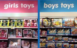 Caro Babbo Natale, quest'anno non portare ai bimbi giocattoli sessisti...