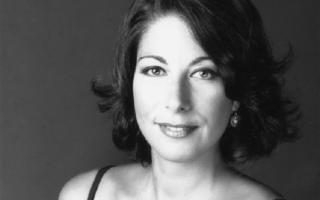 L'Orchestra e il Coro del Teatro Massimo Bellini ne ''La Cenerentola'' di Gioachino Rossini