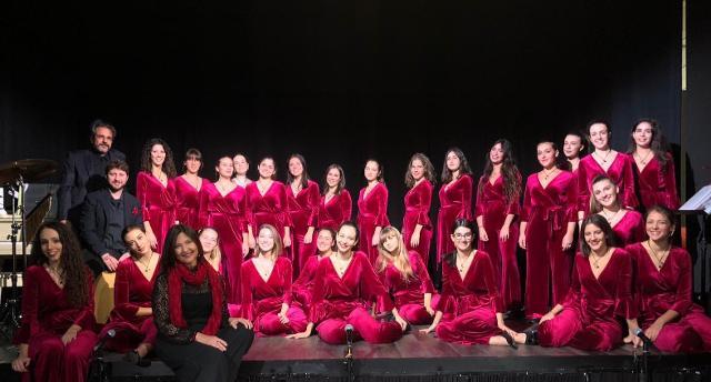 l-aeolian-vocal-ensemble-in-scena-con-lo-spettacolo-dal-suono-al-gesto