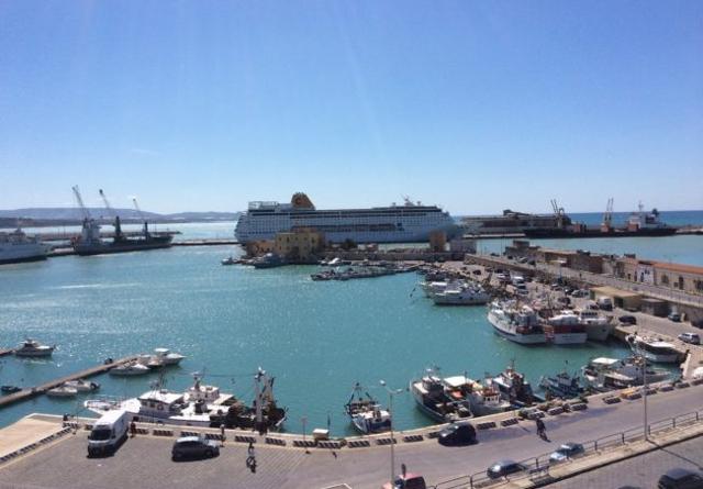 Costa Crociere a Porto Empedocle