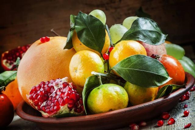 Da uno studio dell'Osservatorio nutrizionale Grana Padano emerge che gli italiani non mangiano la giusta quantità di frutta e verdura adatta a contrastare l'influenza...