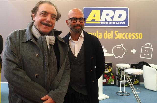 Nino Frassica e Marco Sgarioto, direttore di Ard Discount - ph Michele Nucci