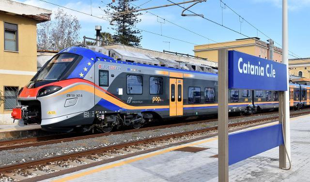 In Sicilia è arrivato il quinto nuovo treno Pop e ne arriveranno altri 38…