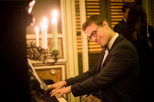 al-miles-davis-jazz-club-con-valerio-dainotti-trio