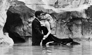 Marcello, come here! Un barman catanese dedica un drink a Federico Fellini
