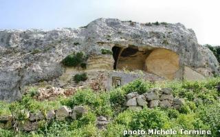 Tra le colline di Sciacca e Sambuca di Sicilia, un archeo-trekking a Grattavoli