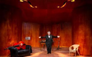 ''Il contrabbasso'', prima opera teatrale dello scrittore Patrick Süskind