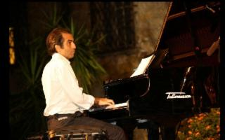 Al Miles Davis Jazz Club, Mario Bellavista Originals Trio