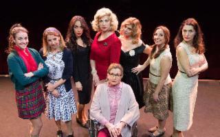 ''Otto donne e un mistero'', di Robert Thomas - Spazio Naselli