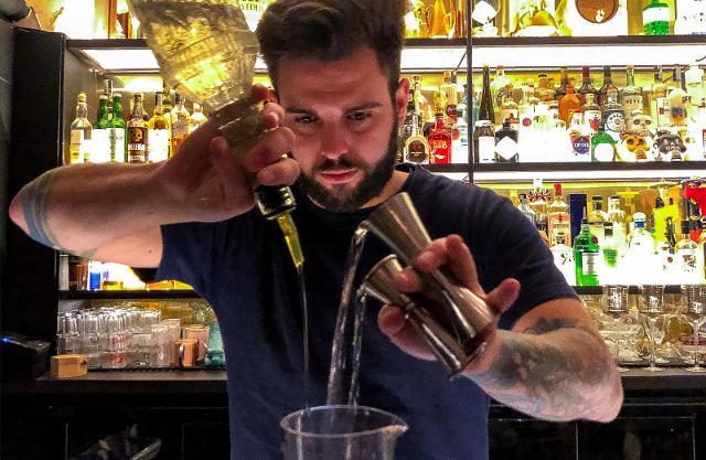 Andrea Franzò, bar manager di Barcollo di Ortigia (Siracusa)