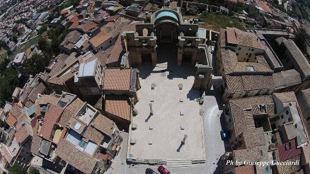 Piazza Alicia dall'alto - ph Giuseppe Gucciardi