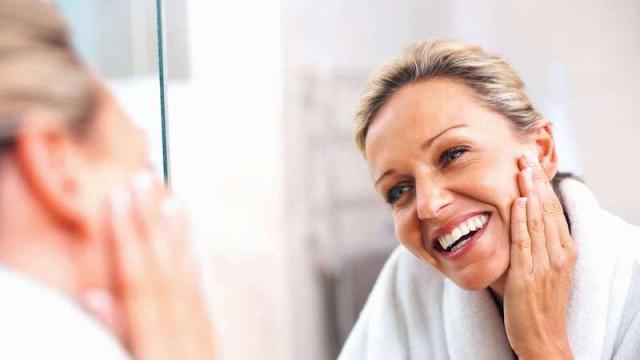 Valutare lo stato di salute della pelle è fondamentale per scegliere i prodotti più adatti alla cura quotidiana...