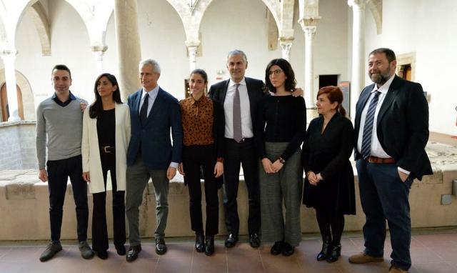 Il gruppo di lavoro palermitano insieme al Rettore Fabrizio Micari e ai professori Andrea Sciascia, Cinzia Ferrara e Francesco Sottile