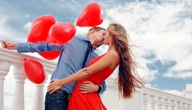 Passione e desiderio lasciano spazio al piacere più romantico dello stare insieme...