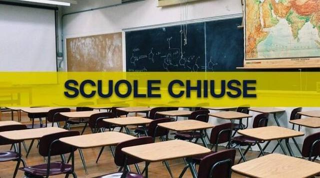 Il presidente della Regione Nello Musumeci ha deciso di sospendere le lezioni delle scuole di ogni ordine e grado a Palermo e provincia fino a lunedì compreso.