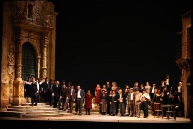 al-teatro-massimo-bellini-in-scena-la-cavalleria-rusticana-di-mascagni-sospeso
