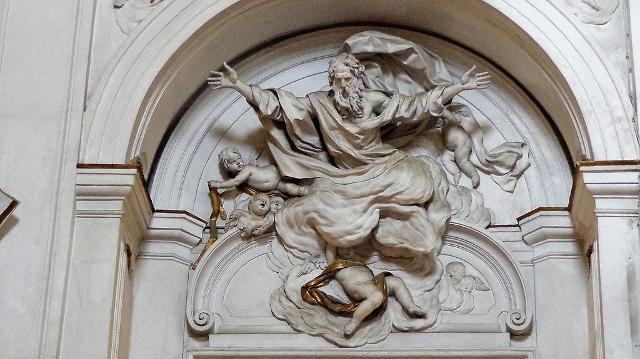 """Statua in stucco raffigurante """"Dio Onnipotente"""", chiesa di Sant'Agostino - ph Effems"""