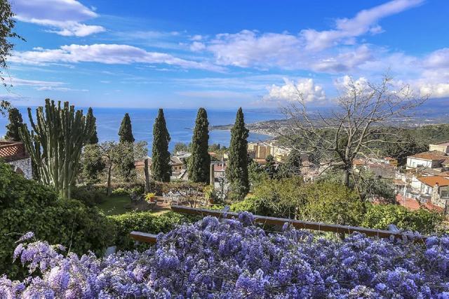 Giardino Fondazione Casa Cuseni, Taormina