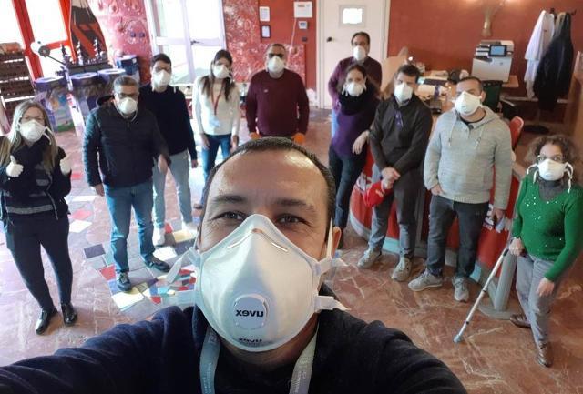 Alcuni lavoratori della Sibeg Coca-Cola di Catania