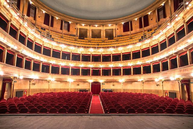 La platea della Sala grande del Teatro Biondo di Palermo