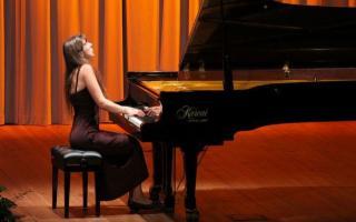Musiche di Schumann e Chopin, al piano Anna Kravtchenko - Il calendario fa riferimento ad eventi che si terranno dopo il 13 aprile