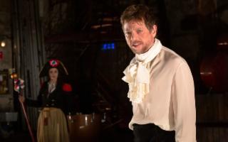 Il ''Marat-Sade'' di Peter Weiss diretto e interpretato da Claudio Gioè - SOSPESO