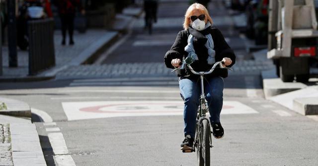 Magnifica è anche l'idea delle biciclette elettriche, che offrono la possibilità di spostarsi anche a coloro che non sono molto allenati o che vivono in montagna...