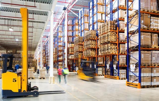 Già da oggi possono ripartire le attività produttive e industriali prevalentemente votate all'export e il commercio all'ingrosso...