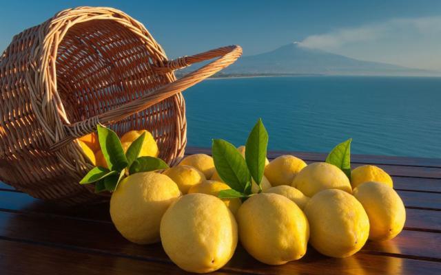 Così la pandemia ha scatenato la caccia al limone (anche quello Igp di Siracusa)...