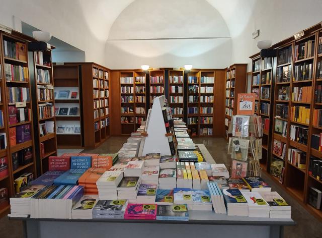 Libreria Paolino Ubik, Ragusa