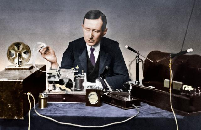 Ecco come in 123 anni la radio si è diffusa in ogni angolo della nostra vita...