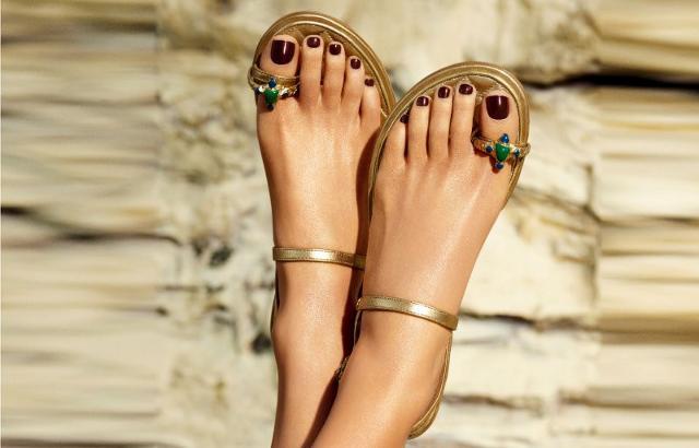 È arrivato il momento di prendersi cura dei propri piedi…